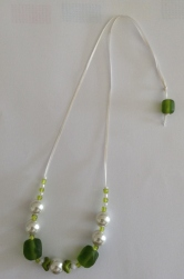 Snowy Green necklace