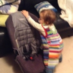 2014-07-09-luka-and-the-new-carseat-8