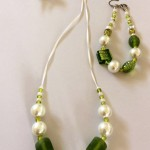 Listing #363408 Necklace & bracelet - Pearly mint and lime (4)